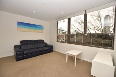 Two Bedroom Apartment with Excellent Views and Spacious Floorplan!