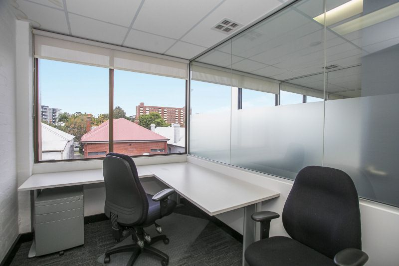 FULLY PARTITIONED OFFICE