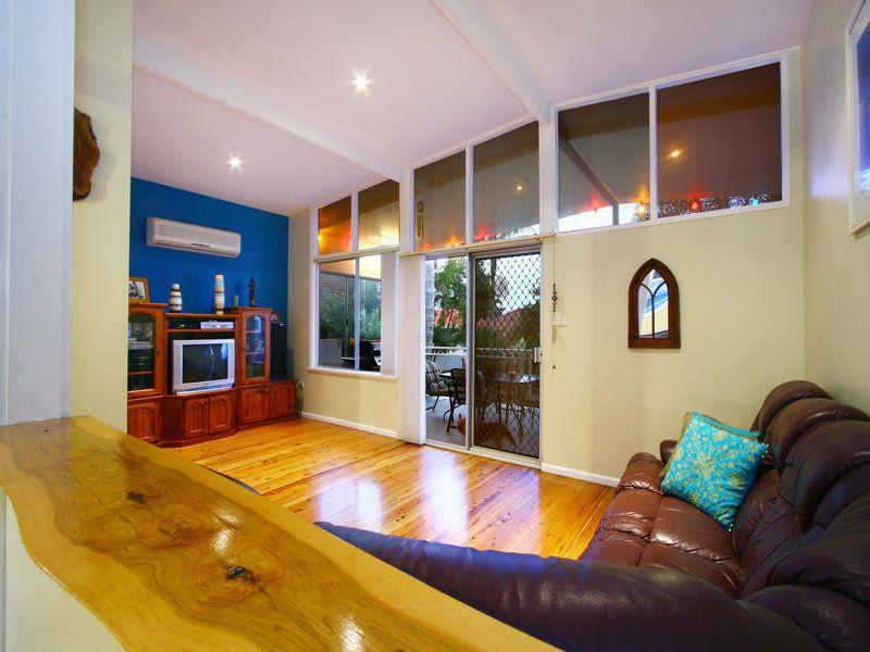 21 Joseph Street, Woonona NSW