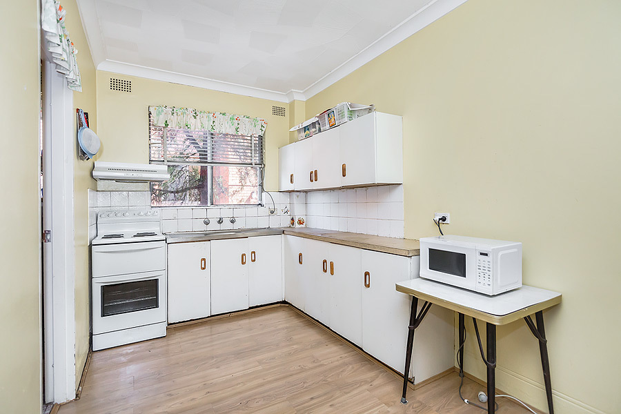 1/5 Hampstead Road, Homebush West