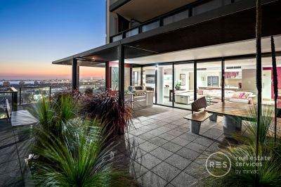 Unparalleled Docklands treasure with 270 degree views!