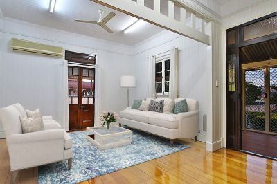 Walk to CBD, 3 Living Areas & Immaculate Condition on 928SQM