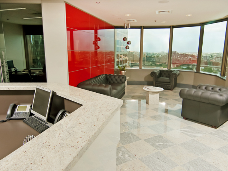 OFFICE SUITES LOCATED IN BRISBANE MOST PRESTIGIOUS SKYSCRAPER WITH EXCLUSIVES VIEWS