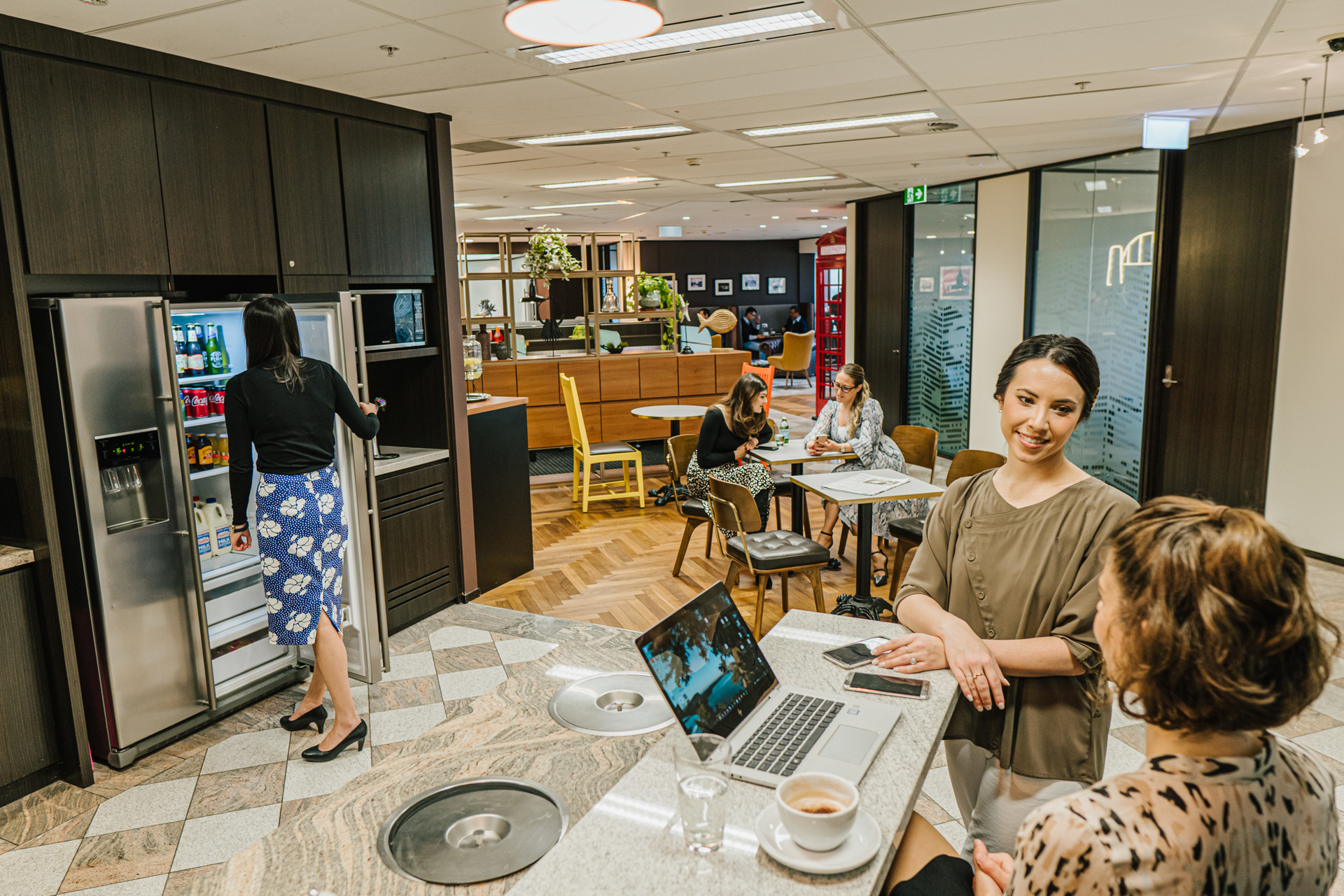 Modern 4-person private workspace in the heart of North Sydney with breath-taking views