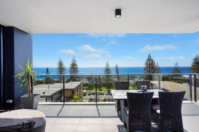 COOL BEACHSIDE LIVING.... THE BUZZ OF BURLEIGH