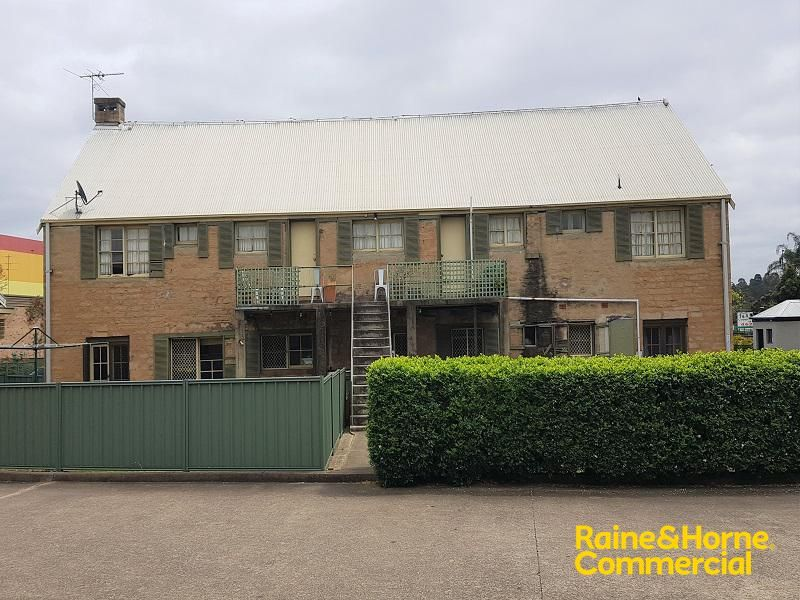 Well Priced Professional Space with Ample Parking