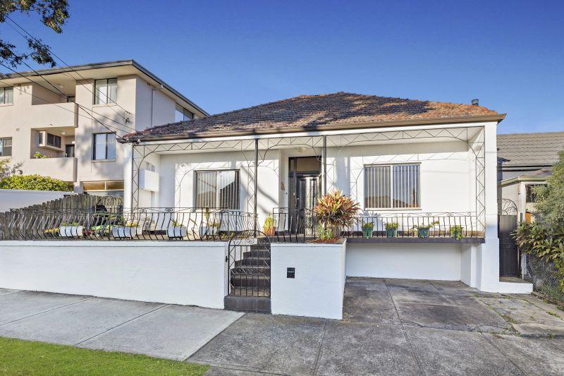 Versatile Family Home in Prime Location