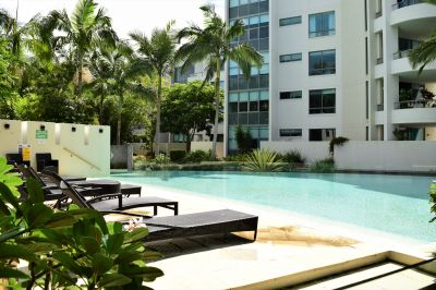 Superb one bedroom apartment, Luxury, Style, Location and Affordability!