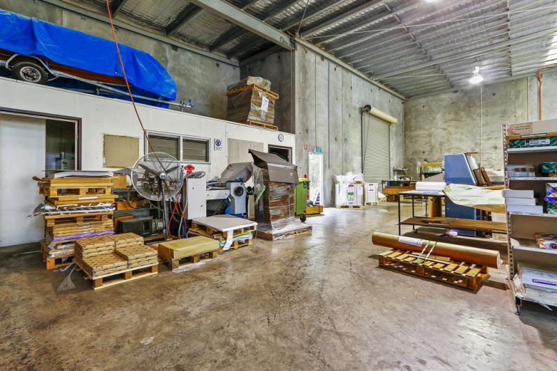 Modern Warehouse with Quality Office Space