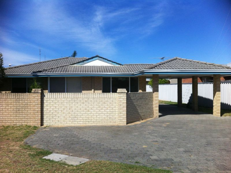NEAT 3 X 1 CLOSE TO PARKLAND IN SOUTH BUNBURY