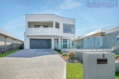10 Ocean Street, Merewether