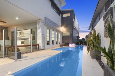 Modern Masterpiece with Spectacular Views