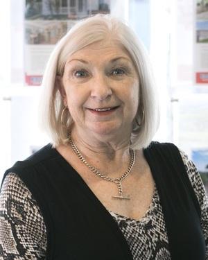 Elaine Arnold Real Estate Agent