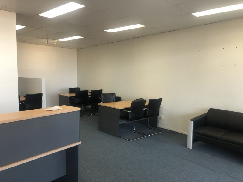 PREMIUM OFFICE/RETAIL WITH MAIN ROAD FRONTAGE