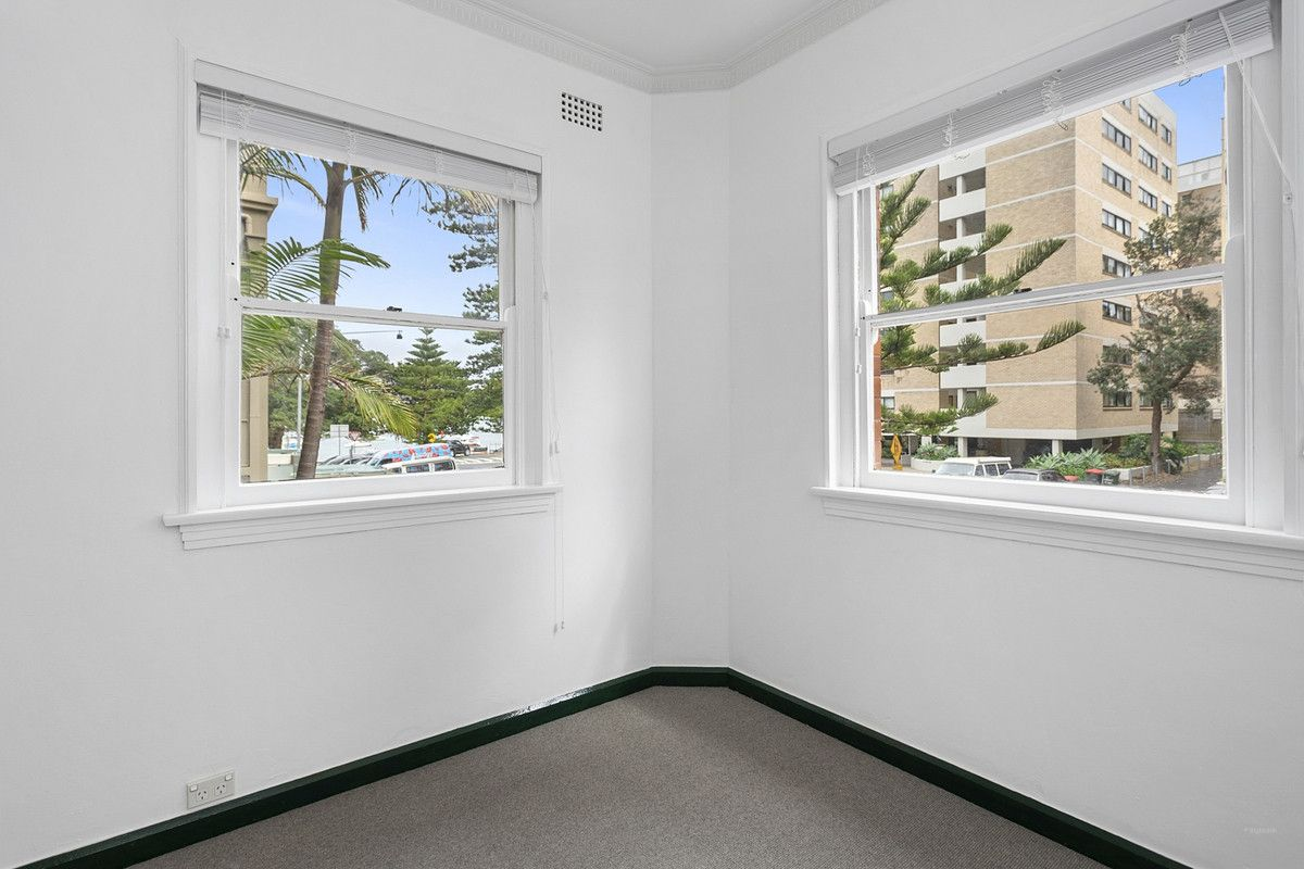 4/8 Victoria Parade Manly 2095