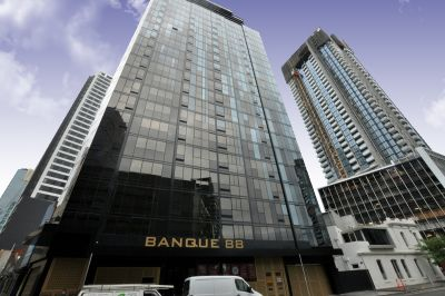 Banque 88: UNFURNISHED Near New Apartment with Whitegoods!