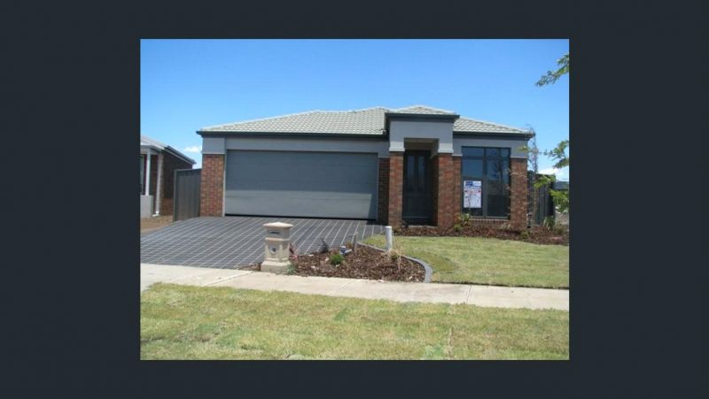FIRST CLASS TENANT WANTED! Three Bedroom Home in Deer Park!