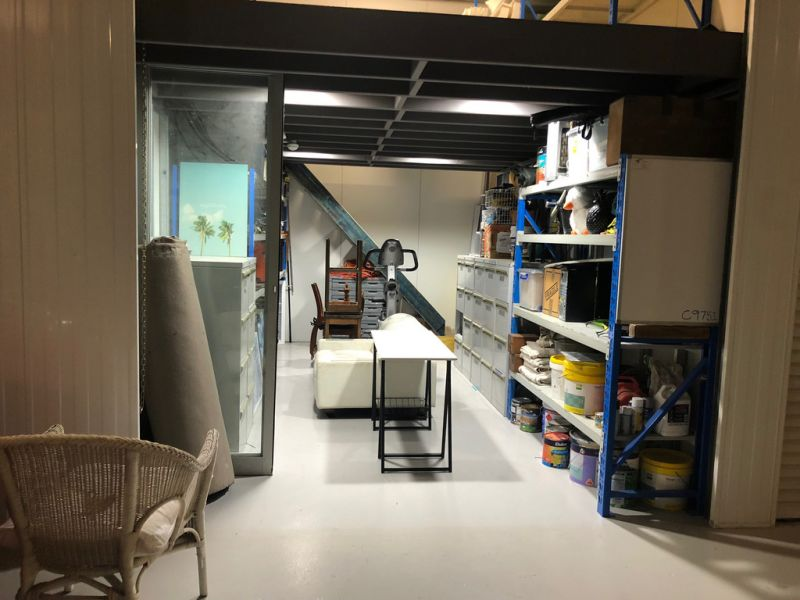 HIGH CLEARANCE STORAGE UNIT FOR LEASE
