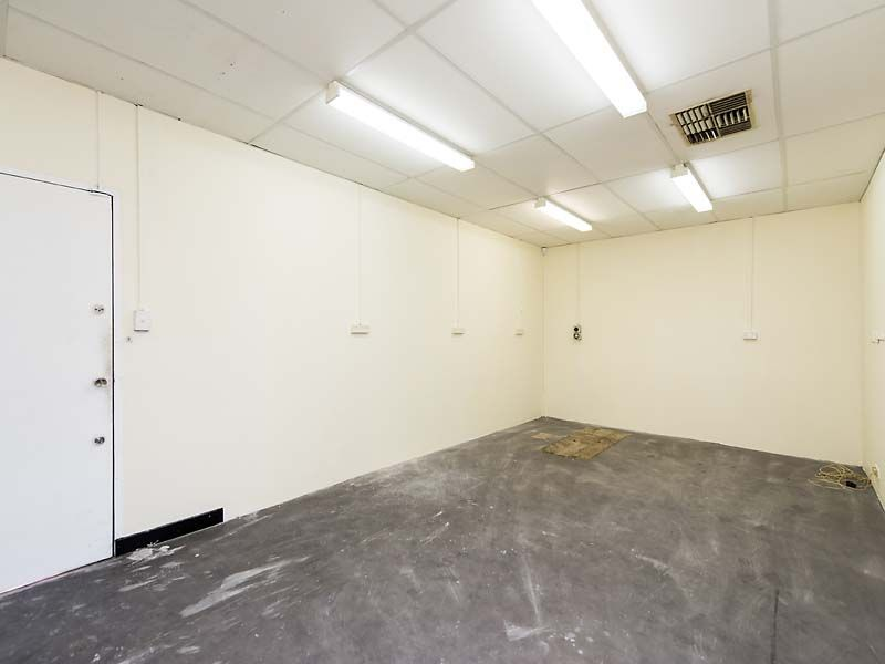 3 MONTHS RENT FREE - ALBANY HIGHWAY OFFICE/SHOP