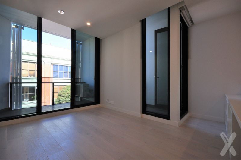 PRIVATE INSPECTION AVAILABLE - If you love Collingwood, you'll love 107Cambridge!