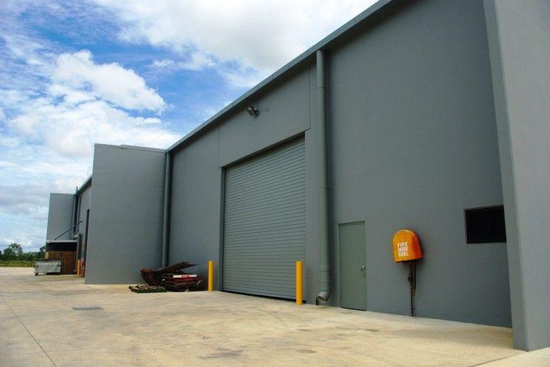 High profile Showroom/ Warehouse