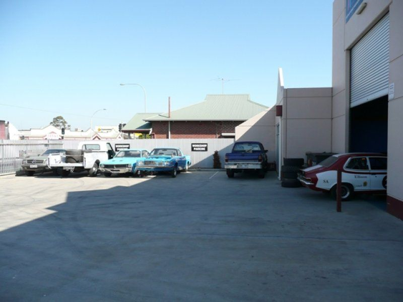 LEASED - An outstanding opportunity to locate your business in this high exposure location
