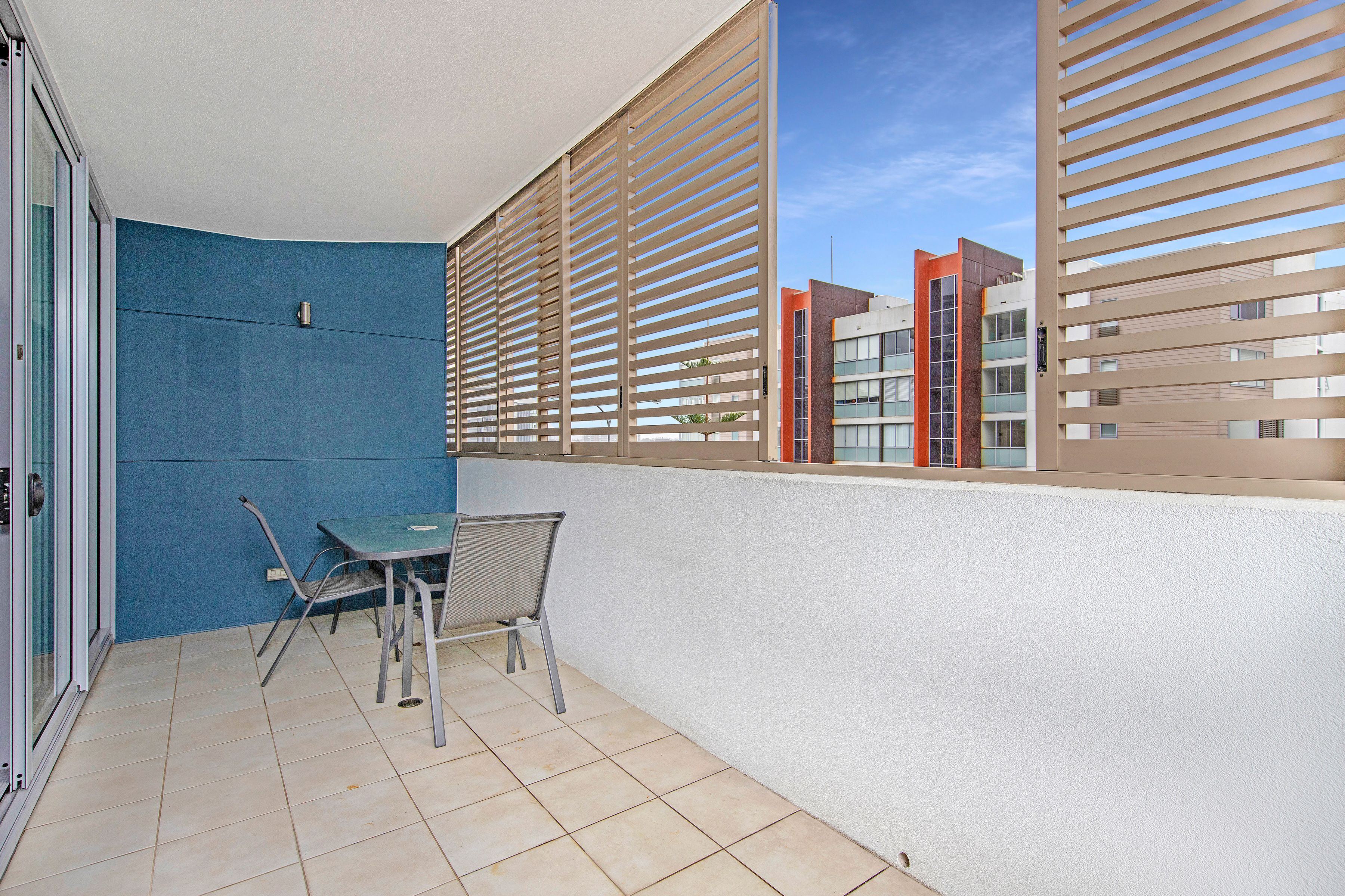 203/4 Honeysuckle Drive, Newcastle