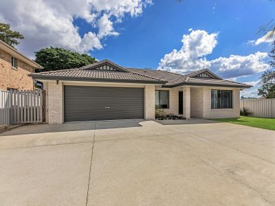 LOW MAINTENANCE LOWSET IN GREAT LOCATION
