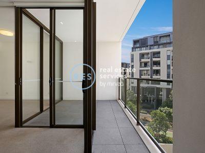 Peaceful, North Facing 1-Bedroom Apartment in Harold Park, Glebe