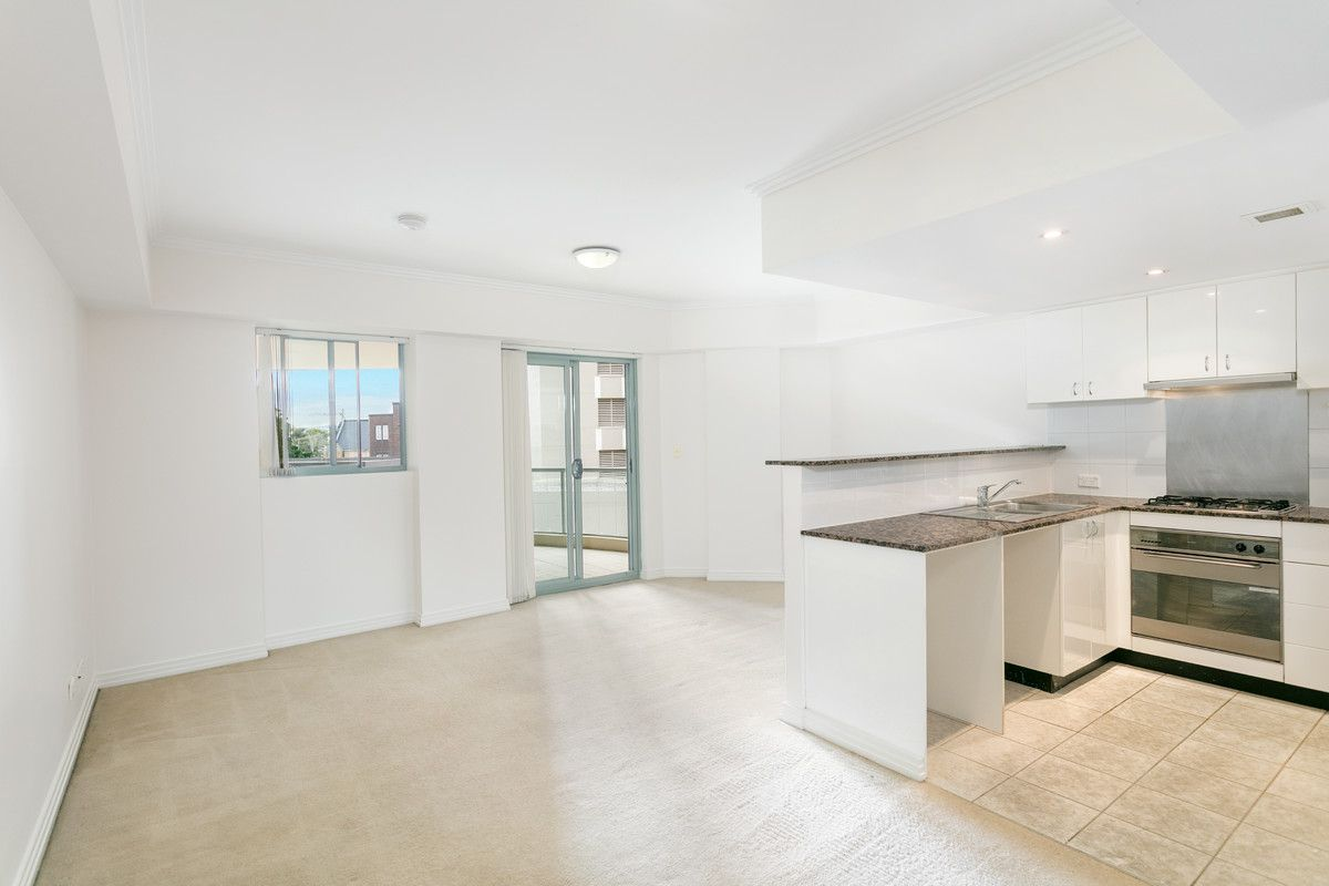 310B/9-15 Central Avenue Manly 2095