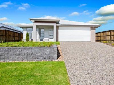 Brand New Display Home with Guaranteed Rental Return