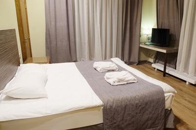 Motel Northwest of Melbourne - Ref: 15910