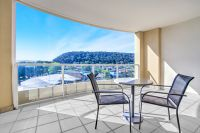 1 bedroom Apartment with peaceful hinterland views