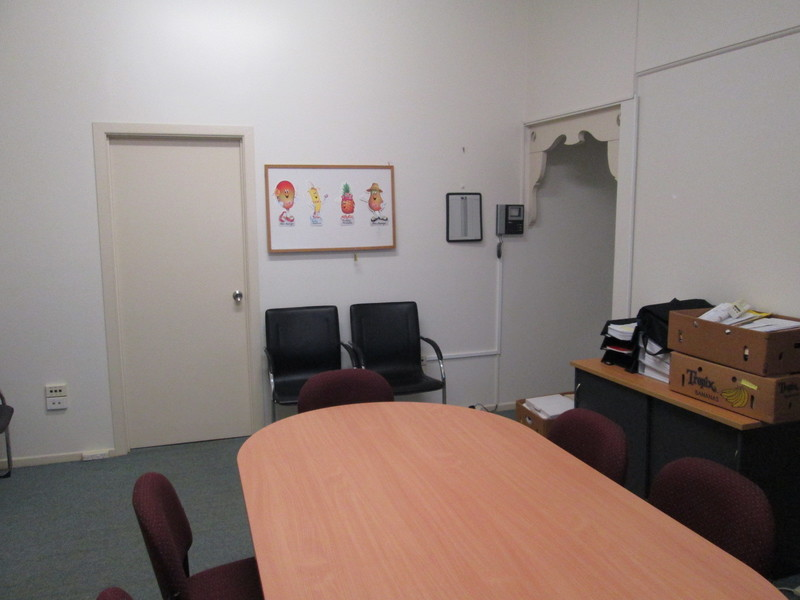 FIRST FLOOR OFFICE SPACE - FITOUT INCLUDED!!