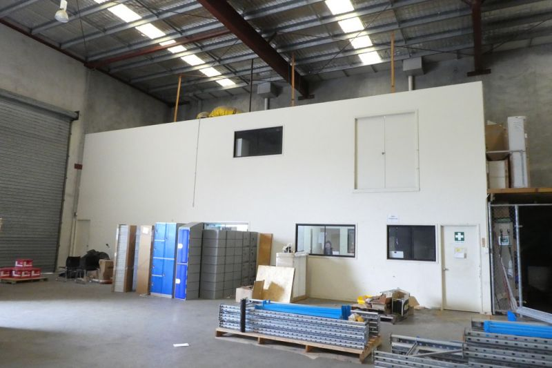 974m2* Freestanding Warehouse / Workshop