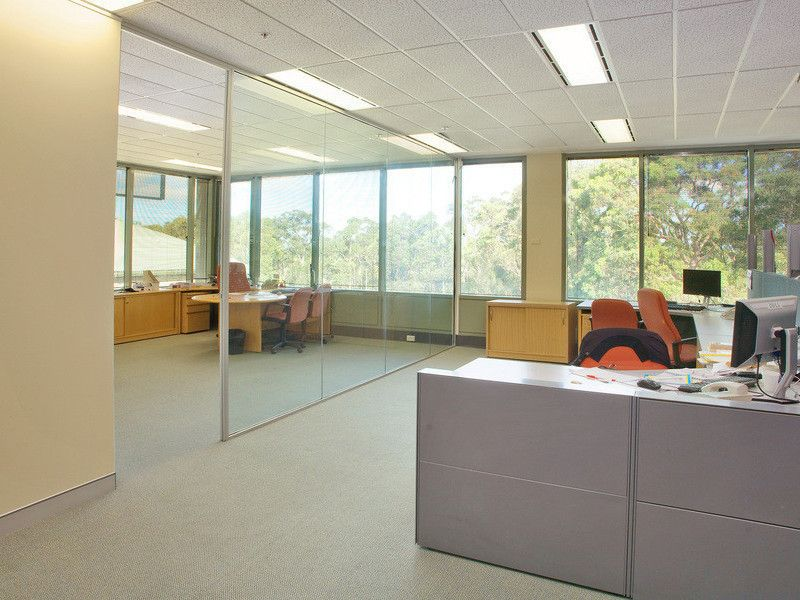 EXCELLENT OFFICE BUILDING IN GREAT LOCATION