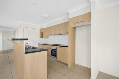 Modern Duplex! 3 Bedroom 2 Bathroom!