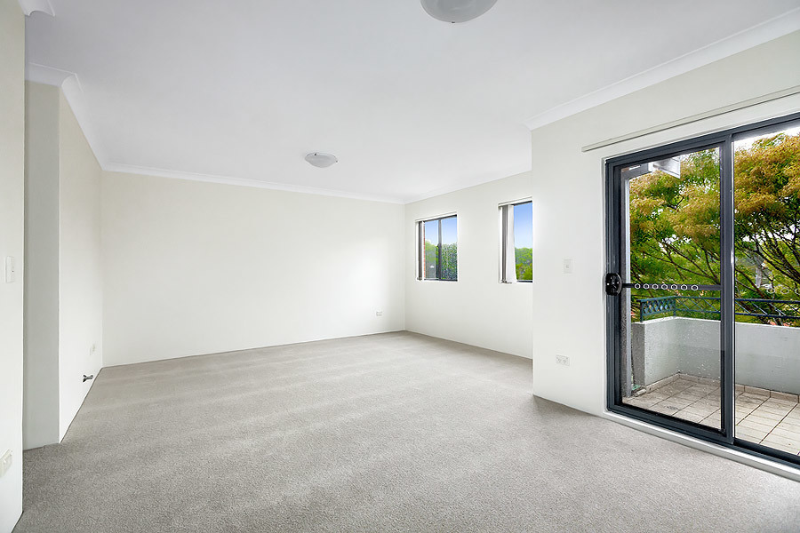 9/16 Sadlier Crescent, Petersham