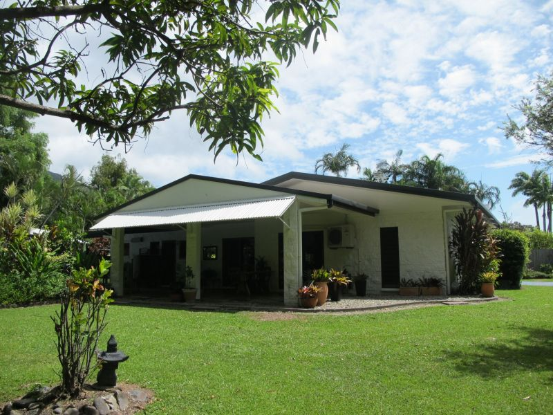 For Sale By Owner: 3 Flora Close, Clifton Beach, QLD 4879