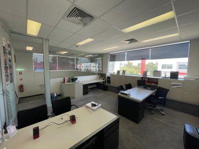 2/15 Thackray Rd, Port Melbourne