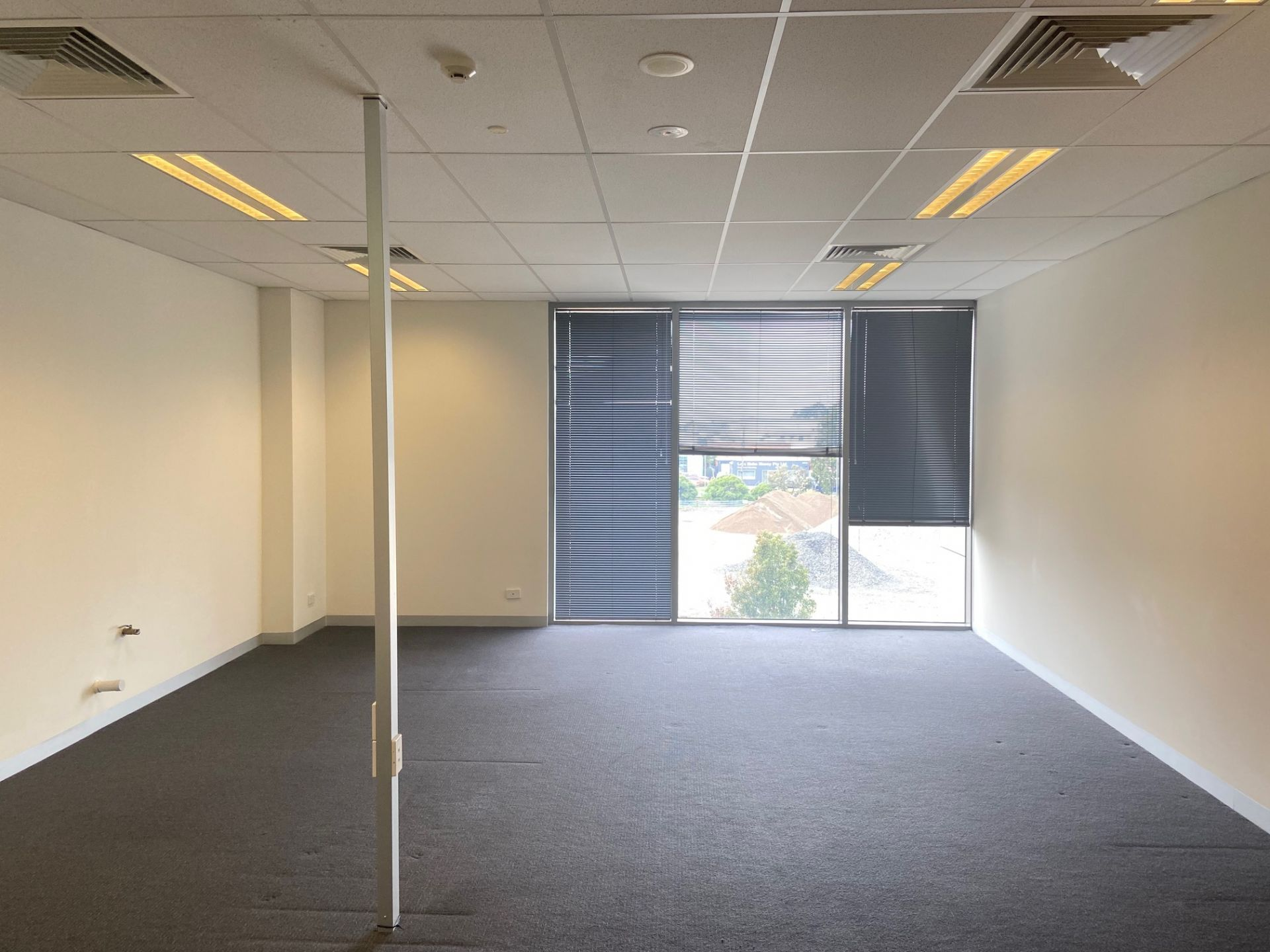 First Class Office on a Budget! Landlord offering 3 months at 50% rental