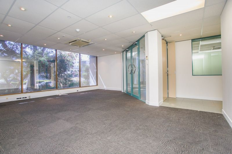 AFFORDABLE AND HIGH PROFILE OFFICE - WITH NAMING RIGHTS