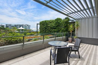 3102/323 Bayview Street, Hollywell