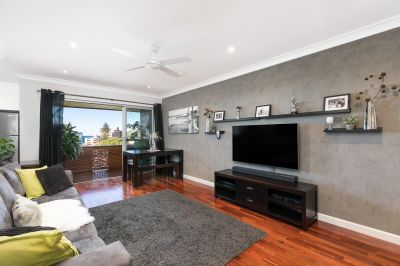 Stylish renovated 2 bedroom apartment