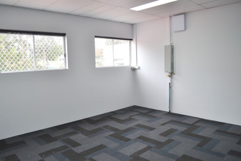 Immaculate Office Suite With 6 Months Rent Free Incentive!