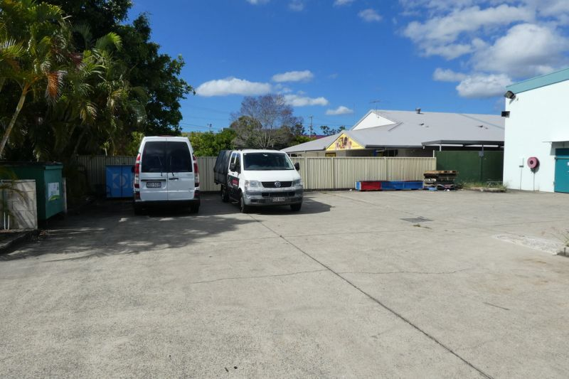 Buy Or Lease This Warehouse With Easy Access
