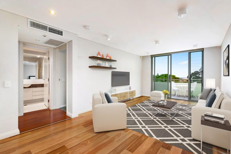 Level Access Apartment Moments From Rose Bay Village