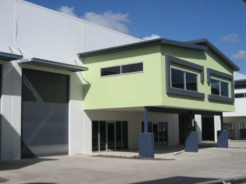 Shared warehouse accommodation - approx. 60 sqm available