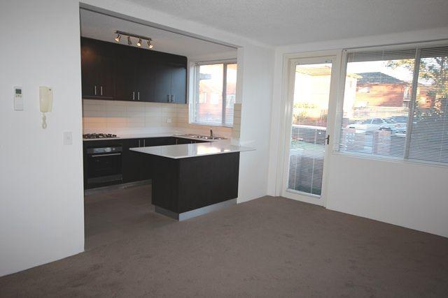 1/2 Mooney Street, Strathfield South NSW 2136