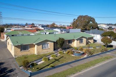 YOUNGTOWN, TAS 7249